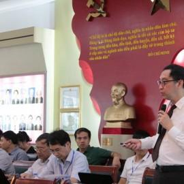 Assoc. Prof. Dr. Eduardo Araral, Vice Dean of Lee Kuan Yew School of Public Policy
