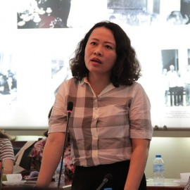 Dr. Tran Thi Dieu Oanh, Deputy Dean of State and Law faculty giving a speech in the seminar