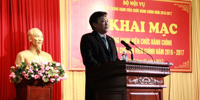 Mr. Nguyen Duy Thang, Vice Minister of Home Affairs delivers a speech in the ceremony