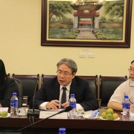 Dr. Dang Xuan Hoan, NAPA President giving a speech in the reception