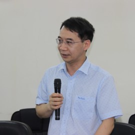 Assoc. Prof. Dr. Luong Thanh Cuong, NAPA Vice President giving a speech in the training course