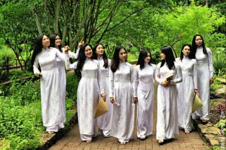 """Ao dai"" - Vietnamese women traditional dress"