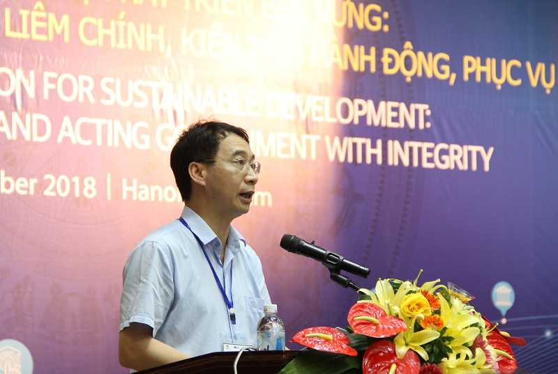 Assoc. Prof. Dr. Luong Thanh Cuong, NAPA Vice President giving a speech in the forum