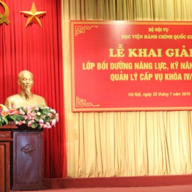 Mr. Bui Huy Tung, Chief of NAPA Office giving a speech in the ceremony