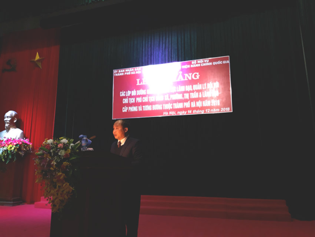 Mr. Nguyen Dinh Hoa, , Vice Director, Department of Home Affairs, Hanoi delivers a speech in the ceremony