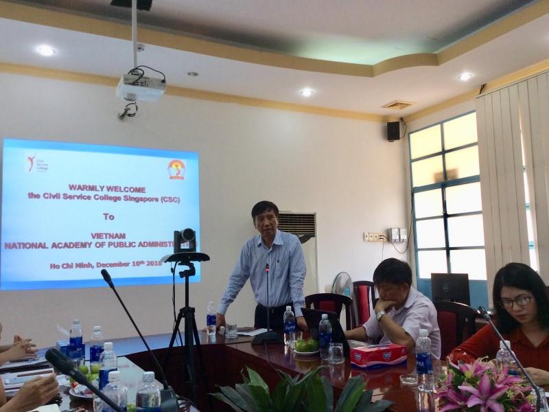 Dr.Mai Huu Bon – Head of Division, Department of Graduate Training Management giving a speech