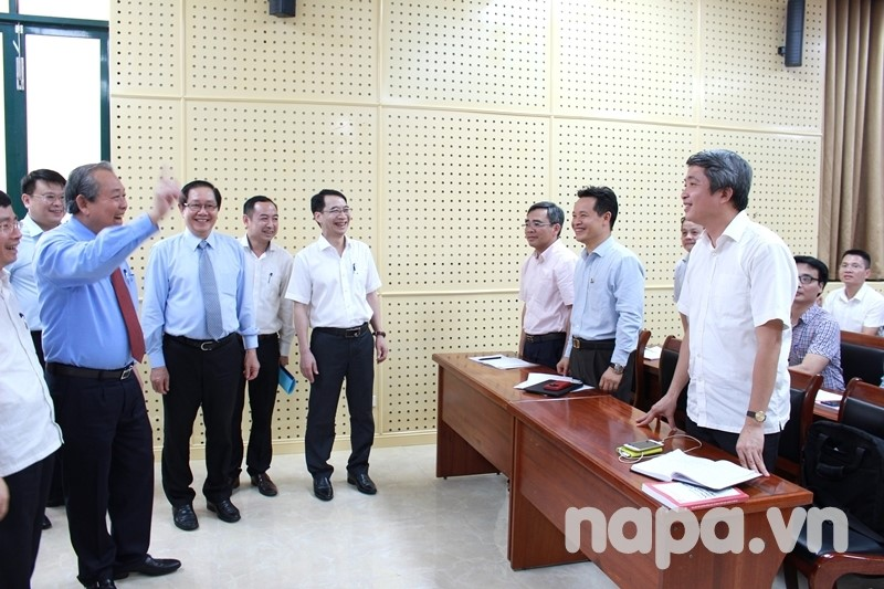 Permanent Deputy Prime Minister Truong Hoa Binh meeting participants of the training course on leadership at department level, which is organized on a video-conferencing mode, linked 3 NAPA campuses: main Campus in Hanoi, Branch Campuses in Hochiminh City and in Tay Nguyen