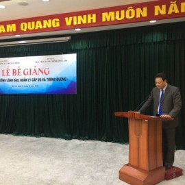 Mr. Do Van Truong – Director, School for financial officers delivering a speech