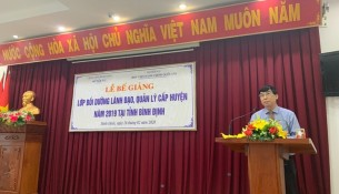 Dr. Ngo Van Tran, Permanent Deputy General Director of NAPA Campus in Hue City speaking at the Closing Ceremony