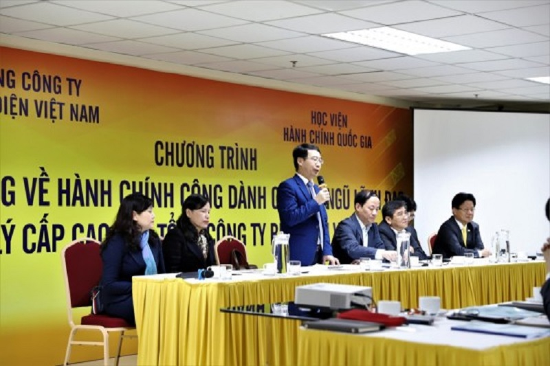 Assoc. Prof. Dr. Luong Thanh Cuong – NAPA Vice President speaking in the Opening ceremony of the Training course on public administration for high ranking officials of Vietnam Post.