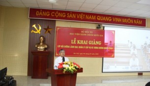 Dr. Vu Thanh Xuan – NAPA Vice President speaking at the Ceremony.