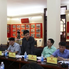 Mr. Nguyen Khanh Tung, senior official, Department of Planning and Finance giving comments on the project proposal