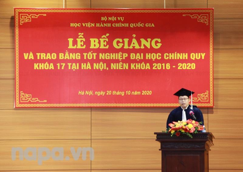 Sivongchan Khanvongsay, a new graduate spoke at the Closing Ceremony