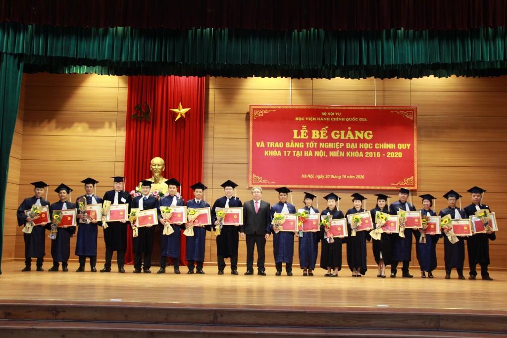 NAPA Presidents presenting the certificates of merit to 17 Lao graduates