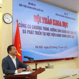 Dr. Nguyen Dang Que speaking at the Workshop