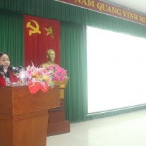 Ms. Le Thi Ngoc Anh speaking on behalf of the course participants