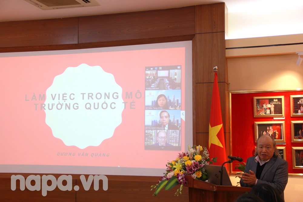 Assoc.Prof.Dr. Duong Van Quang speaking at the workshop