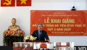 Dr. Dang Xuan Hoan speaking at the Opening Ceremony