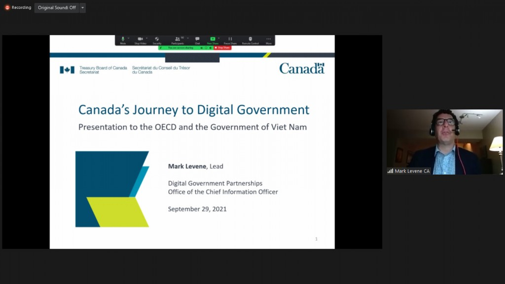 Mr. Mark Levene, Lead, Digital Government Partnerships, Office of the Chief Information Officer, the Government of Canada presenting at the workshop