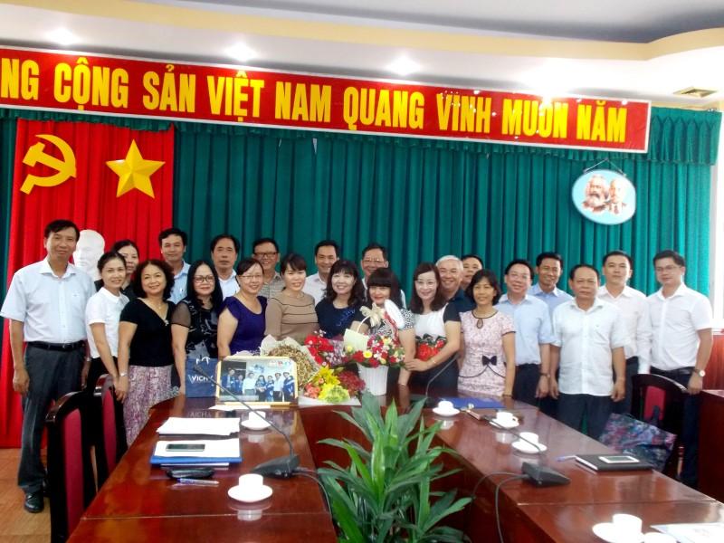 PGS TS LE THI VAN HANH THOI LAM CONG TAC QUAN LY _ 3