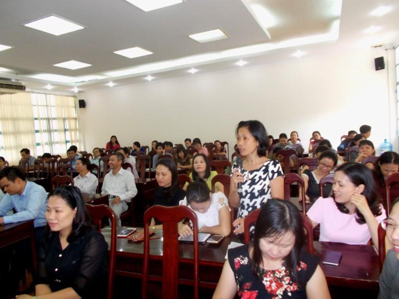 Giám đốc HVHCQG gặp CB,NV,NLĐ cơ sở TPHCM _ 7