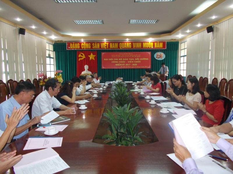 Đại hội nhiệm kỳ 2017 2020 các Chi Bộ cơ sở TPHCM _ 2