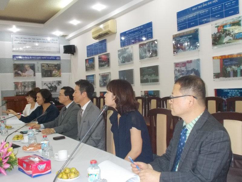 Đoàn chuyên gia Viện Phát triển Nguồn nhân lực Quốc gia Hàn Quốc _ 2