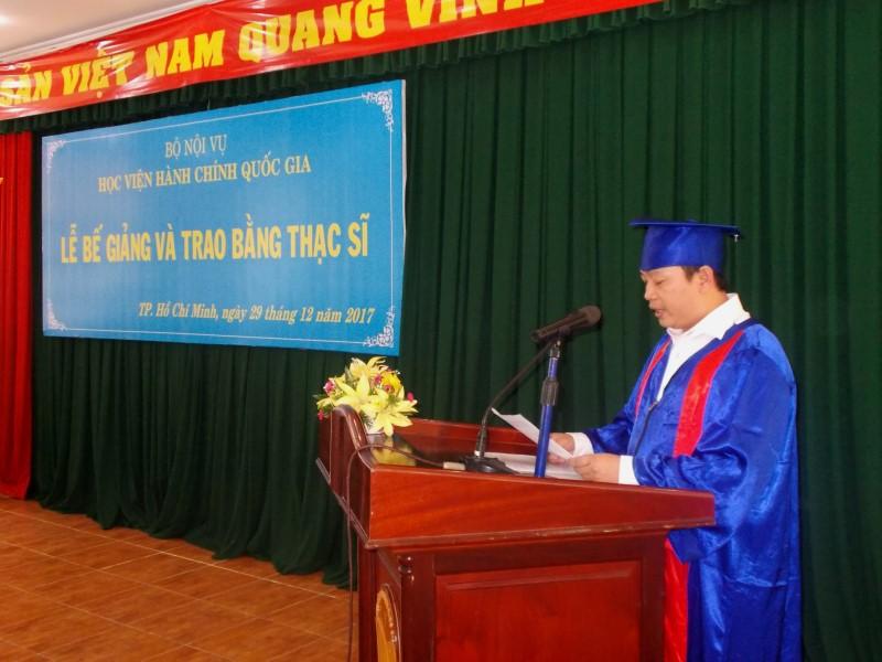 Lễ bế giảng và trao bằng Thạc sỹ năm 2017 _ 9