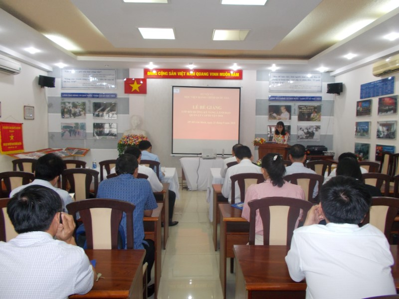 Bế giảng 2 Lớp bồi dưỡng kỹ năng lãnh đạo _ 3