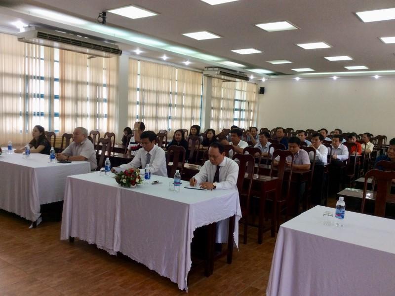 Bế giảng Lớp bồi dưỡng ngạch Chuyên viên Cao cấp khóa VI năm 2018 _ 2