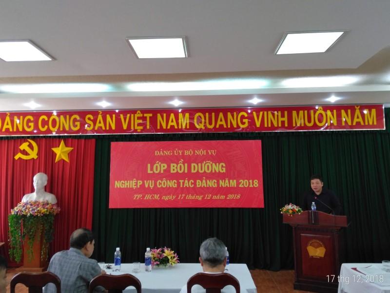 Đảng ủy Bộ Nội vụ tổ chức Lớp Bồi dưỡng nghiệp vụ công tác Đảng _ 2