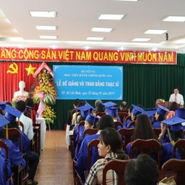 Lễ bế giảng và trao bằng Thạc sỹ đợt 2 năm 2018 _ 1
