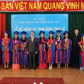Lễ bế giảng và trao bằng Thạc sỹ đợt 2 năm 2018 _ 9