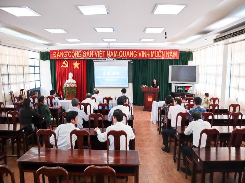 Bế giảng Lớp bồi dưỡng ngạch Chuyên viên Cao cấp khóa II năm 2019 _ 1