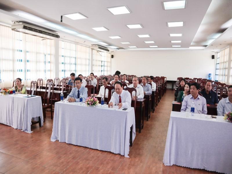 Bế giảng Lớp bồi dưỡng ngạch Chuyên viên Cao cấp khóa II năm 2019 _ 2