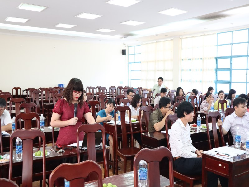 Hội thảo khoa học Xây dựng tài liệu _ 6