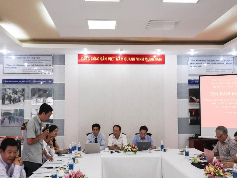 Tổ chức các Tọa đàm khoa học về nâng cao chất lượng đề tài NCKH và công tác ĐTBD _ 14