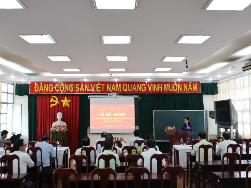 Bế giảng Lớp CVCC K IV năm 2019 _ 1