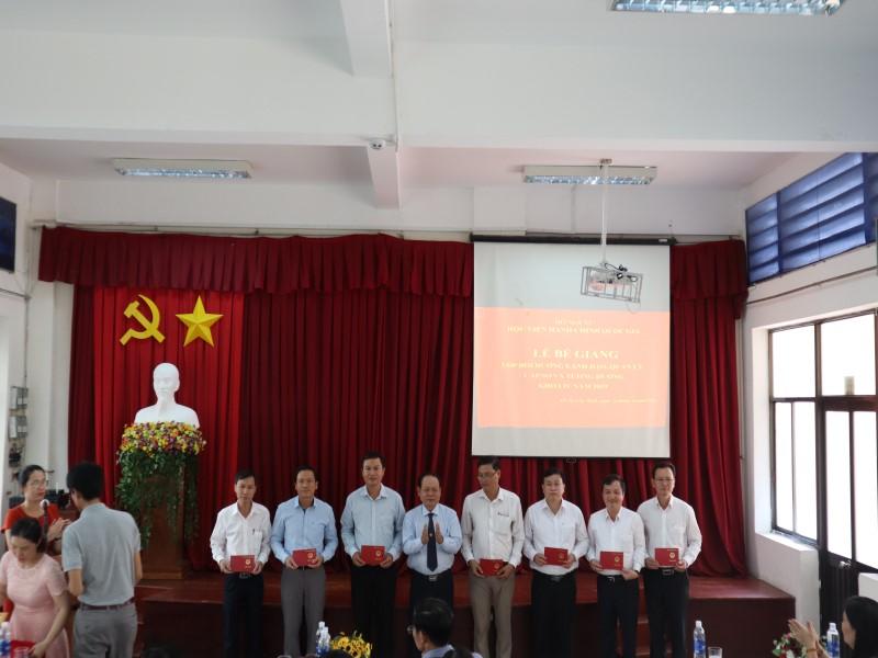 Bế giảng Lớp bồi dưỡng KIV 2019 _ 5