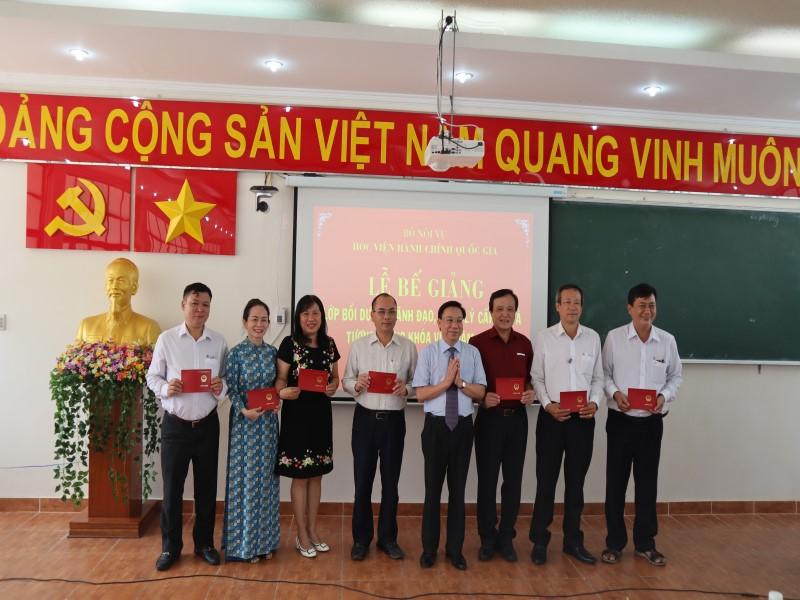 Bế giảng Lớp bồi dưỡng cấp Sở  VIII năm 2019 _ 5