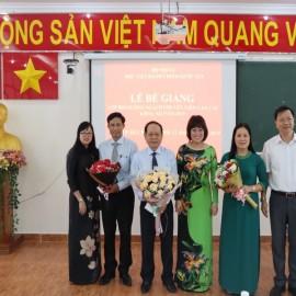 Bế giảng Lớp bồi dưỡng ngạch CVCC khóa XII năm 2019 _ 10