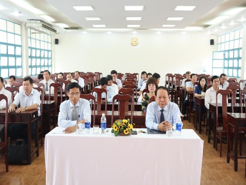 Bế giảng Lớp bồi dưỡng ngạch CVCC khóa XII năm 2019 _ 2