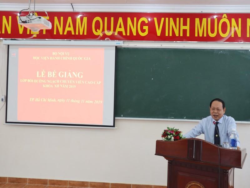 Bế giảng Lớp bồi dưỡng ngạch CVCC khóa XII năm 2019 _ 3
