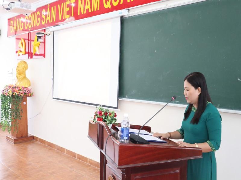 Bế giảng Lớp bồi dưỡng ngạch CVCC khóa XII năm 2019 _ 7