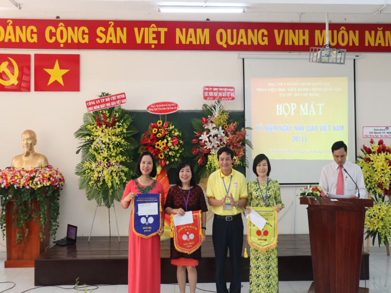 kỷ niệm 37 năm Ngày Nhà giáo Việt Nam 20-11 _ 16
