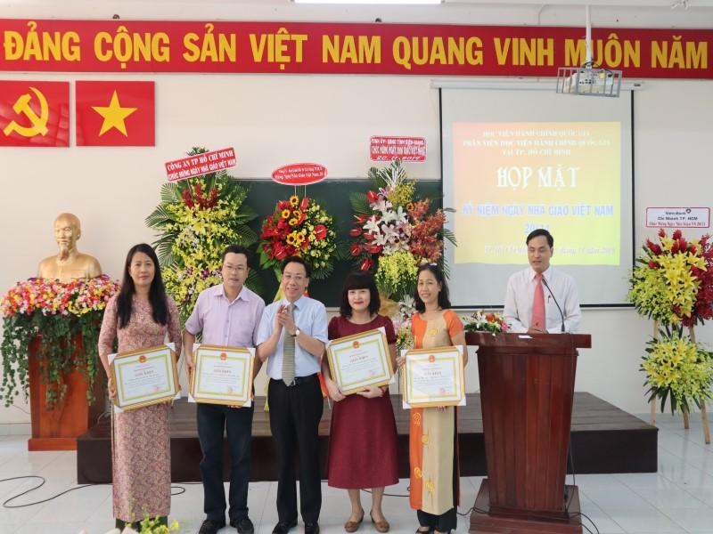 kỷ niệm 37 năm Ngày Nhà giáo Việt Nam 20-11 _ 6