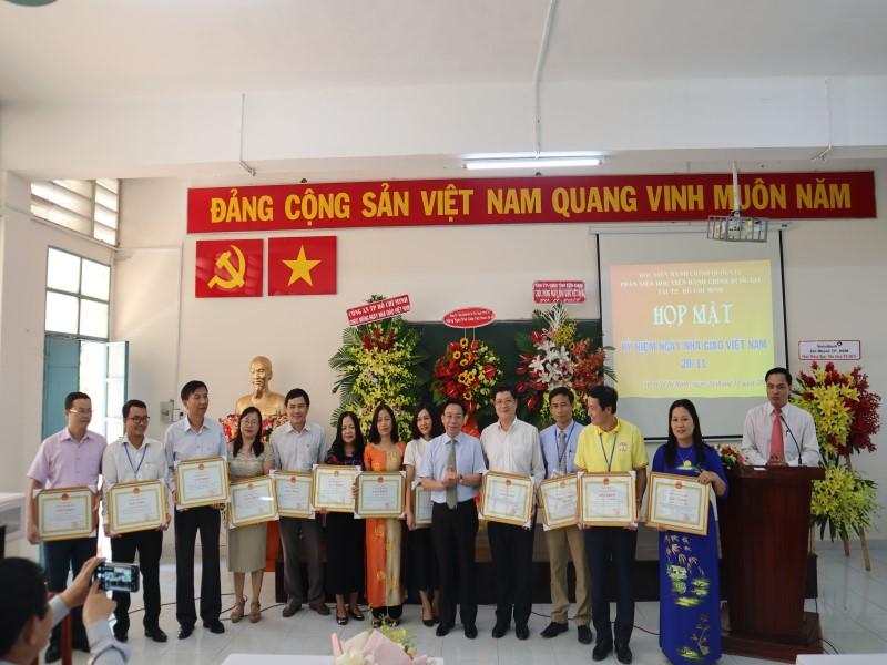 kỷ niệm 37 năm Ngày Nhà giáo Việt Nam 20-11 _ 8