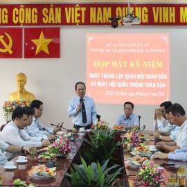 Họp mặt Kỷ niệm 75 năm Ngày thành lập Quân đội Nhân dân Việt Nam và Ngày Hội Quốc phòng Việt Nam _ 2
