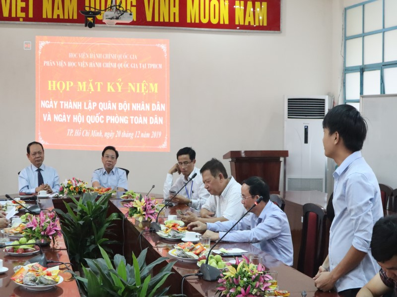 Họp mặt Kỷ niệm 75 năm Ngày thành lập Quân đội Nhân dân Việt Nam và Ngày Hội Quốc phòng Việt Nam _ 7