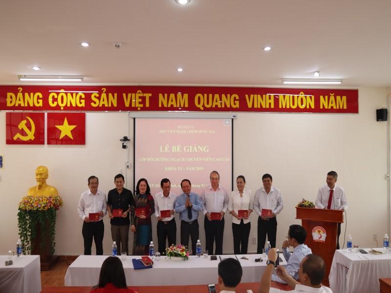 Bế giảng Lớp CVCC khóa XV năm 2019 _ 4